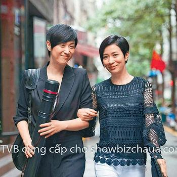 ■原來2000年法蓉離開TVB最後套劇《生命有Take 2》已跟阿佘合作過。