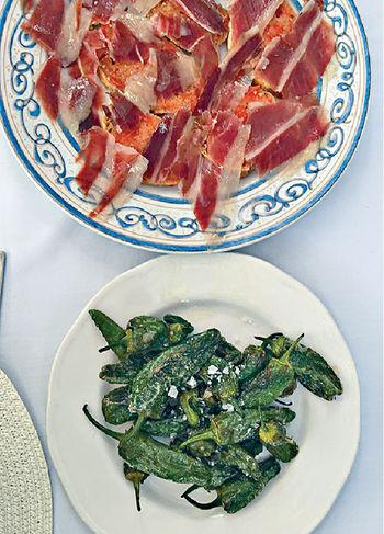西班牙青椒及火腿<p/>  川式鹵水三拼