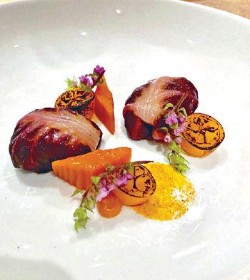 法國藍龍蝦配金桔