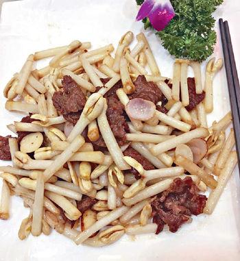 花生芽炒牛肉